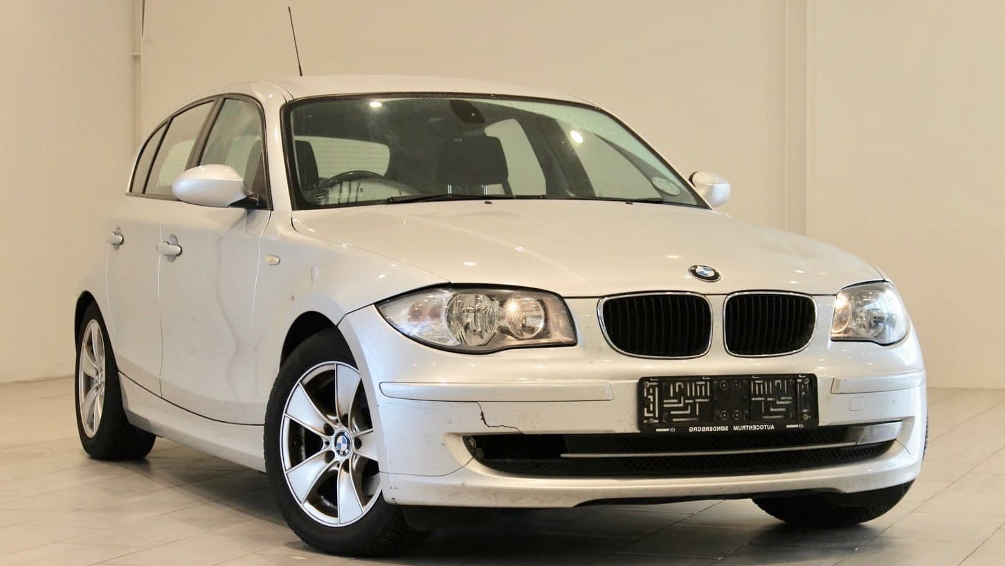 2008-BMW-118-1